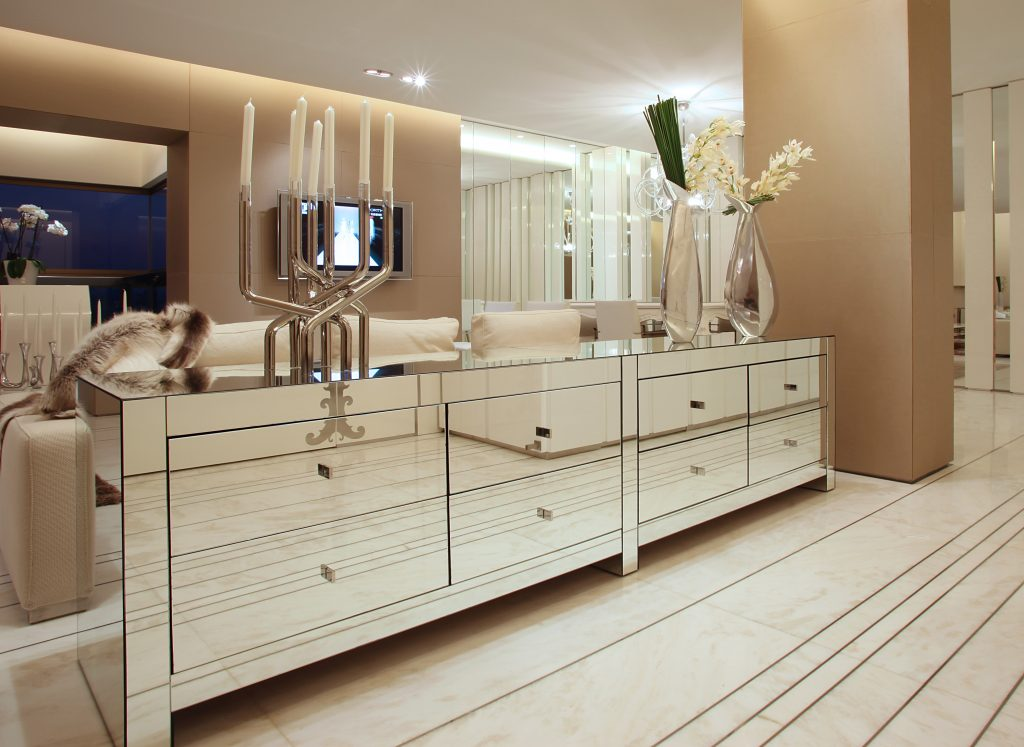 Mirodec glass and mirror suppliers, How Glass Suppliers Are Using Glass and Mirrors Unconventionally